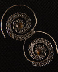 By Masala-Boucles d'oreille sprirale inspiration tribale (12)