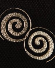 By Masala-Boucles d'oreille sprirale inspiration tribale (3)